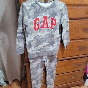 Gap Light Camo sweatshirt and sweatpants
